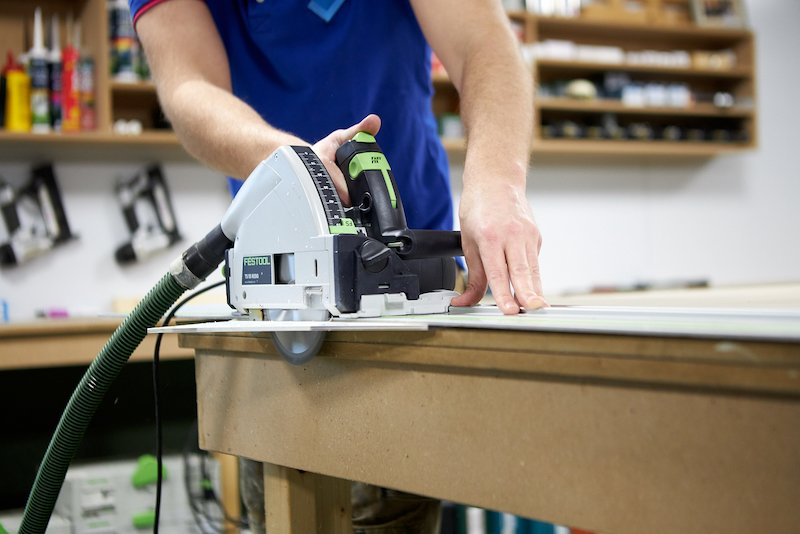 Cutting polycarbonate with a circular saw