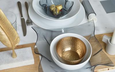 DIY centrepiece: an acrylic bowl