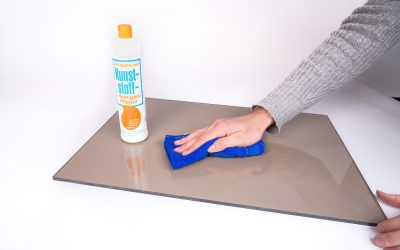 How to clean acrylic