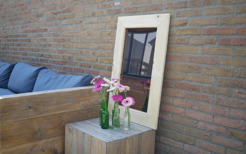DIY: garden mirror