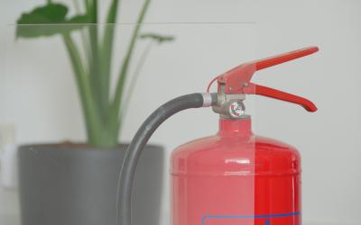 Is Plexiglass flammable?