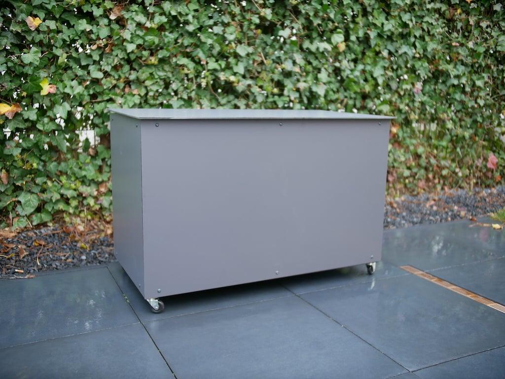 Parcel box HPL