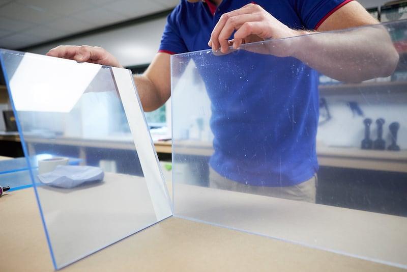DIY acrylic aquarium secure sheets
