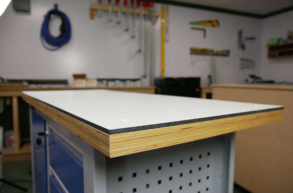 DIY: worktop from HPL in 3 steps