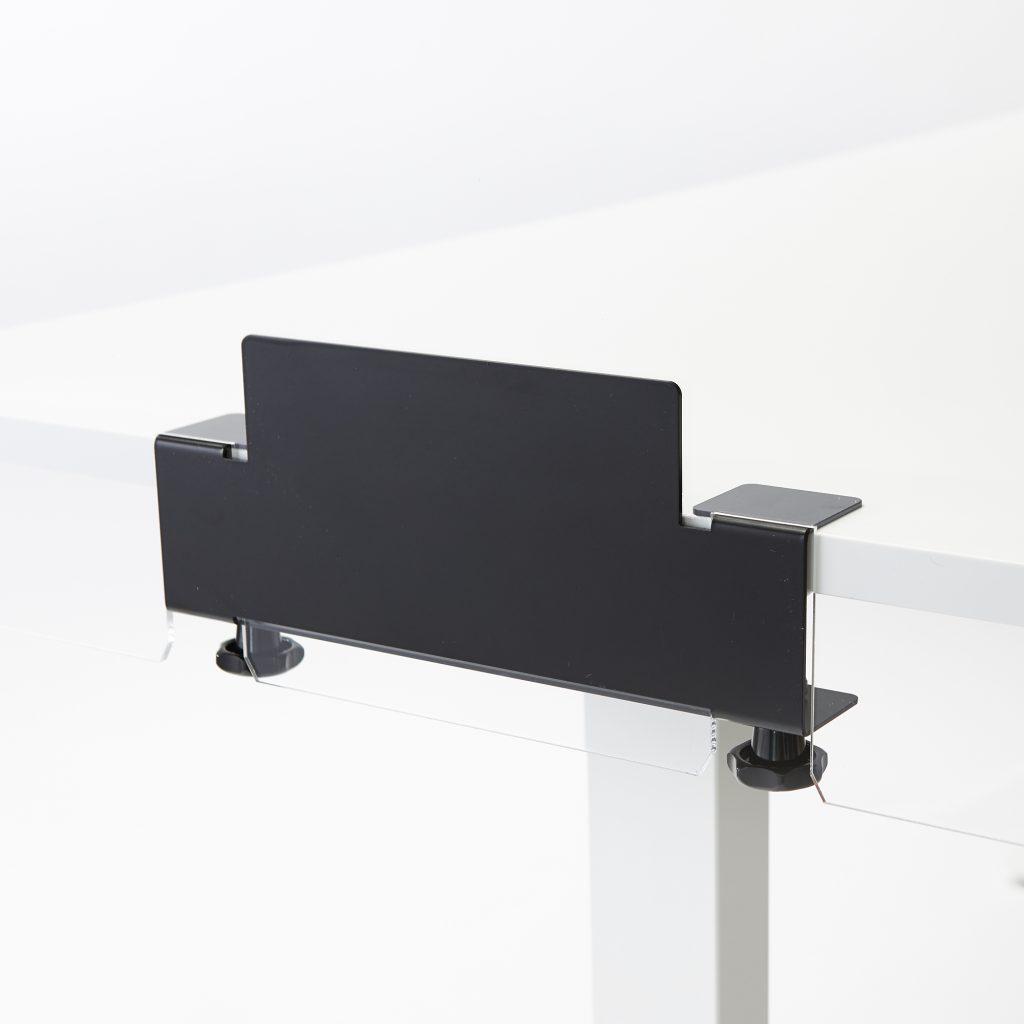 Bracket for mounting acrylic sheet