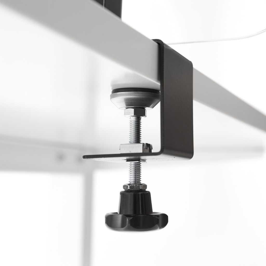 Bracket for perspex with screw clamp