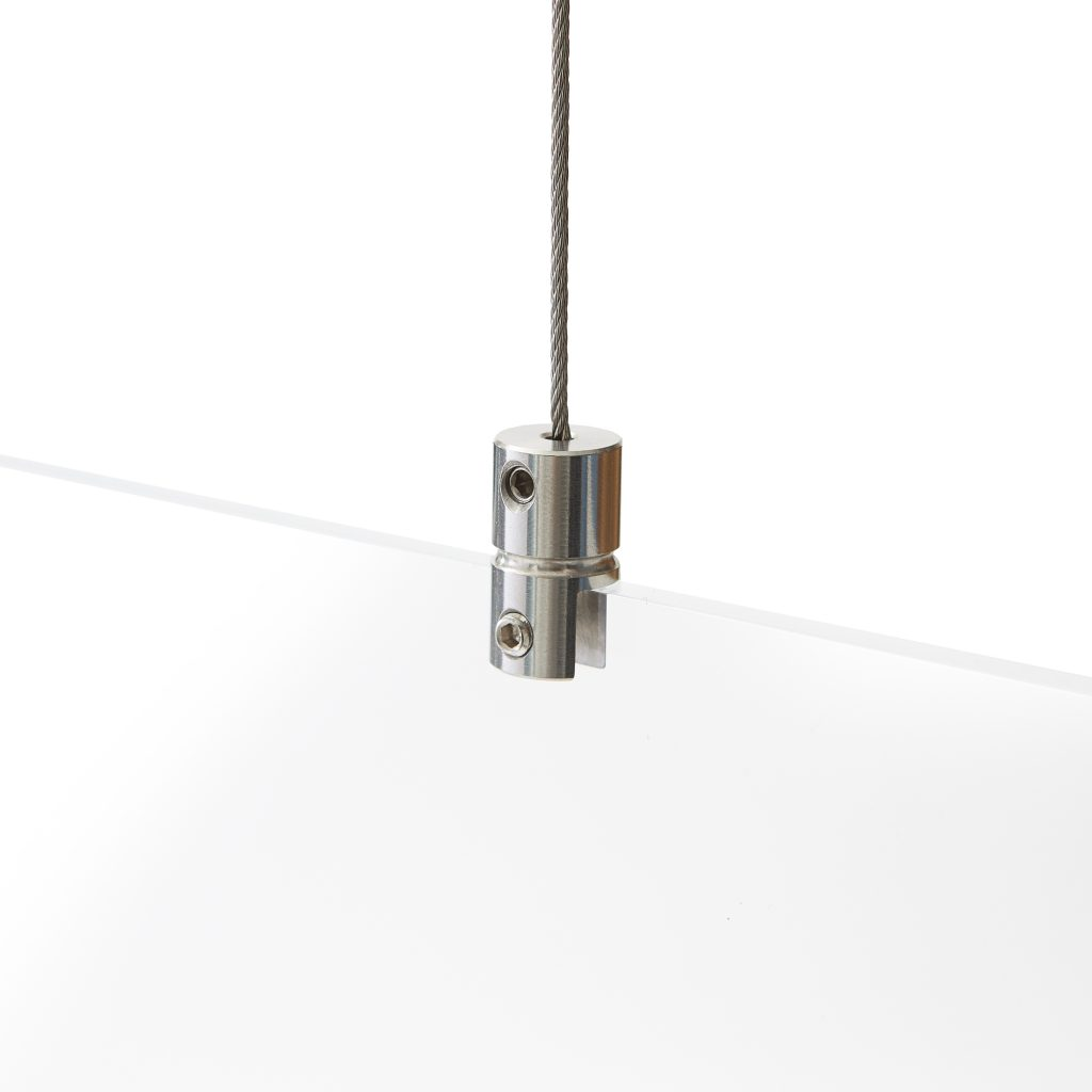 Perspex screen hanging system without drilling