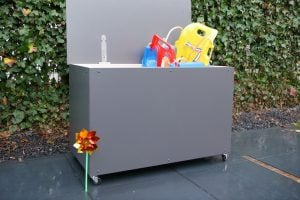 outdoor toybox diy