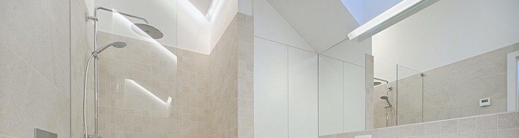 Acrylic shower enclosure