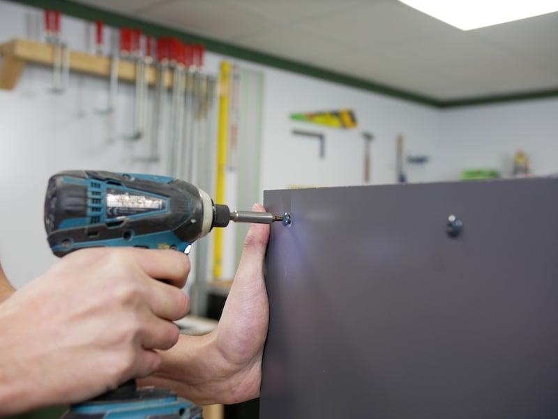 Fixing trespa with screws