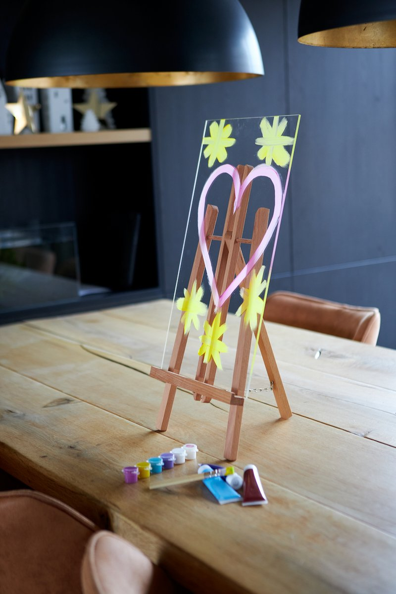 Perspex easel with paint