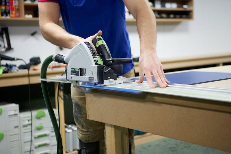 Cutting Trespa with a circular saw or jigsaw